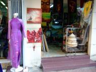 Asisbiz Vietnam Ho Chi Minh City Saigon street scenes shops Feb 2009 015