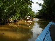 Asisbiz Mekong Delta Saigon River cruise 4th stage canoe Nov 2009 15