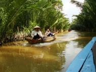 Asisbiz Mekong Delta Saigon River cruise 4th stage canoe Nov 2009 16