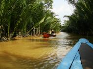 Asisbiz Mekong Delta Saigon River cruise 4th stage canoe Nov 2009 17