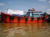 Asisbiz Mekong Delta Saigon river Vietnamese fishing boats Nov 2009 05