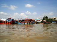 Asisbiz Mekong Delta Saigon river Vietnamese fishing boats Nov 2009 08