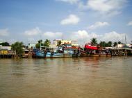 Asisbiz Mekong Delta Saigon river Vietnamese fishing boats Nov 2009 10