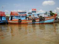 Asisbiz Mekong Delta Saigon river Vietnamese fishing boats Nov 2009 16