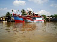 Asisbiz Mekong Delta Saigon river Vietnamese fishing boats Nov 2009 18
