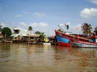 Asisbiz Mekong Delta Saigon river Vietnamese fishing boats Nov 2009 19