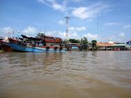 Asisbiz Mekong Delta Saigon river Vietnamese fishing boats Nov 2009 23