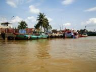 Asisbiz Mekong Delta Saigon river Vietnamese fishing boats Nov 2009 28