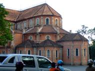 Asisbiz Vietnam Ho Chi Minh City Saigon Notre Dame Cathedral architecture Feb 2009 03