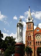 Asisbiz Vietnam Ho Chi Minh City Saigon Notre Dame Cathedral architecture Nov 2009 08