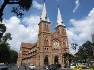 Asisbiz Vietnam Ho Chi Minh City Saigon Notre Dame Cathedral architecture Nov 2009 15