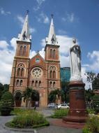 Asisbiz Vietnam Ho Chi Minh City Saigon Notre Dame Cathedral architecture Nov 2009 17