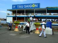 Asisbiz Vietnam Ho Chi Minh City Saigon harbor Ferries Tau Saigon Feb 2009 01