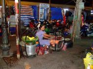 Asisbiz Vietnam Ho Chi Minh City Saigon Vietnamese Food Stalls Feb 2009 14