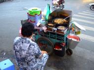 Asisbiz Vietnam Ho Chi Minh City Saigon Vietnamese Food Stalls Feb 2009 49