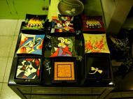 Asisbiz Vietnamese Lacquerware trays Tay Son District 3 HCMC 2009 01