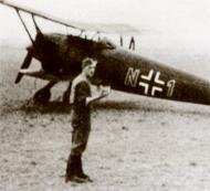 Asisbiz Arado Ar 68F1 10.JG72 red N+1 Oedheim Heilbronn Sep 1939 02