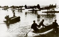 Asisbiz Arado Ar 196A Aalborg Denmark 1941 02