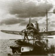 Asisbiz Arado Ar 196A being readied for a catapult launch 04
