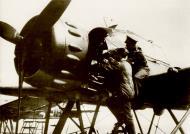 Asisbiz Arado Ar 196A field maintenence work 01