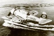 Asisbiz Arado Ar 196V2 Prototype D IHQI WNr 2590 01