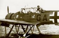 Asisbiz Arado Ar 196A 2.KuFlgGr706 02