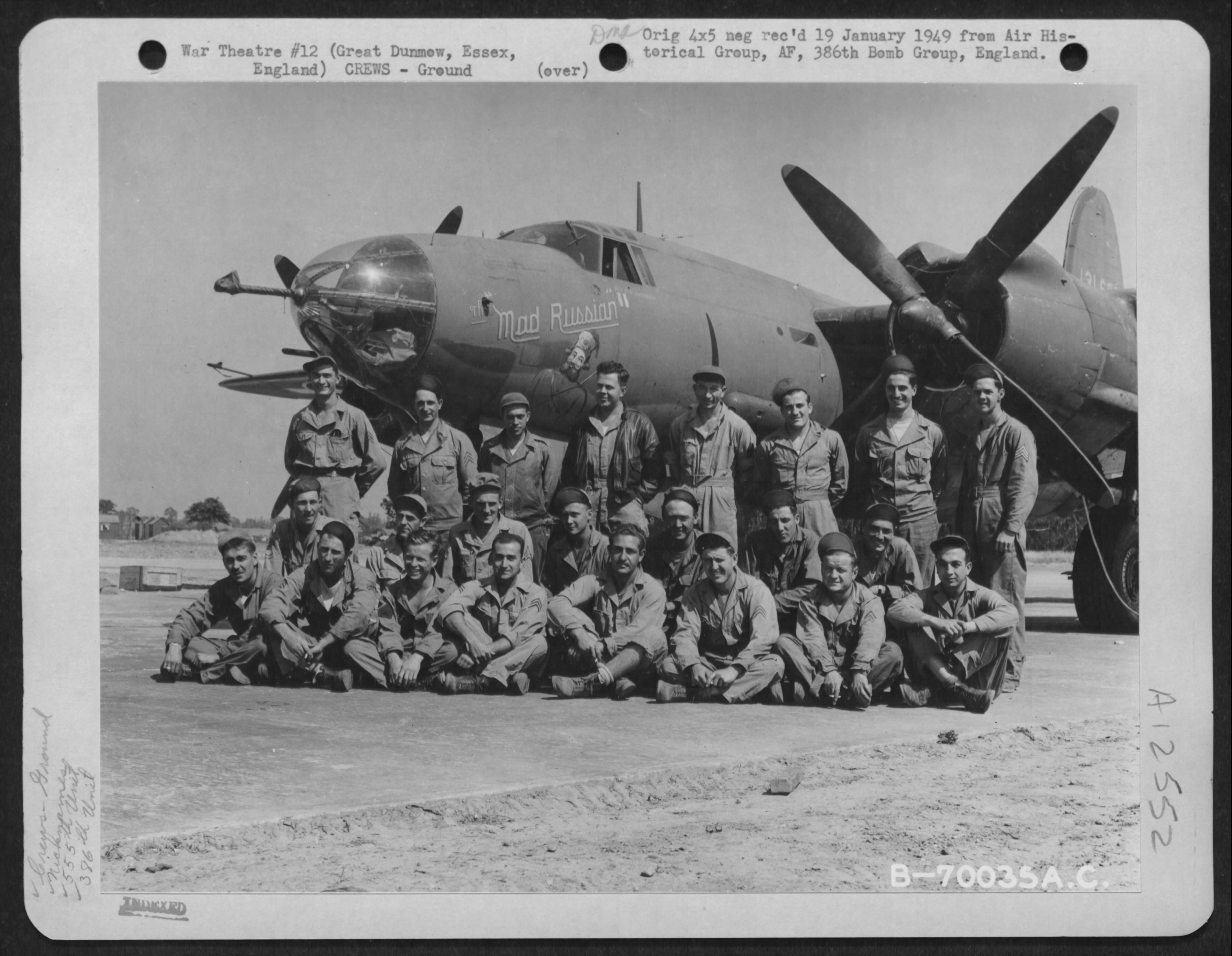 USAAF 41 31600 B 26B Marauder 386BG553BS ANU The Mad Russian crew photo 01