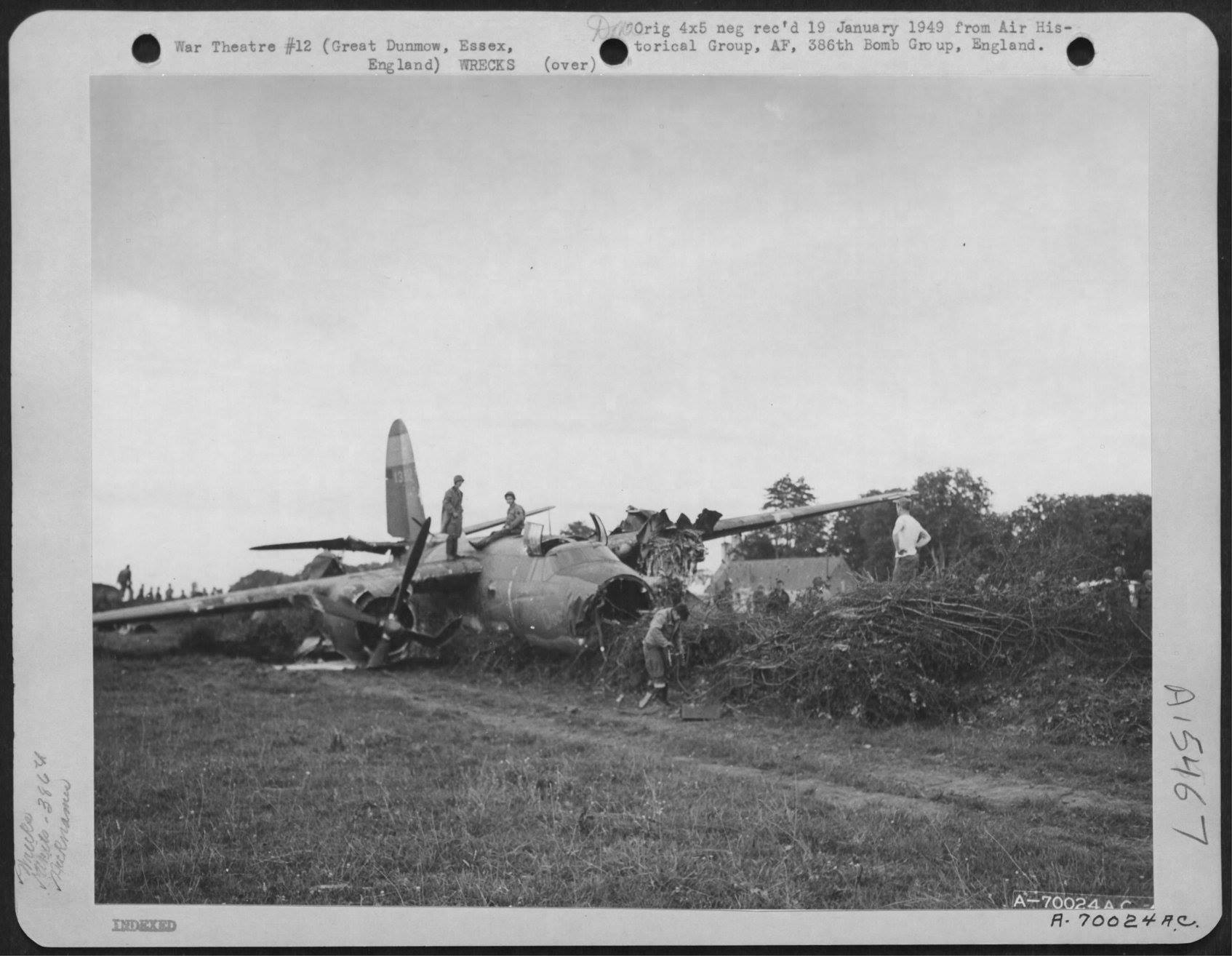 USAAF 41 31902 B 26B Marauder 386BG553BS ANR Crime Doctor crashlanded at Dunmow Essex 28 Jul 1944 02