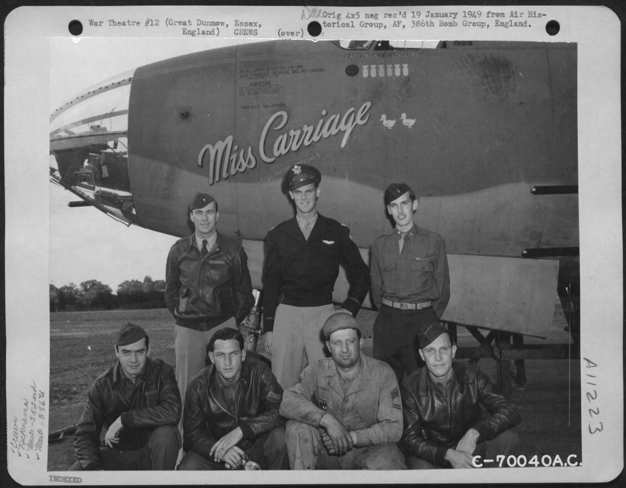 USAAF 41 34061 B 26C Marauder 386BG552BS RGM Miss Carriage with crew Great Dunmow Essex Engalnd 1 Sep 1943 01