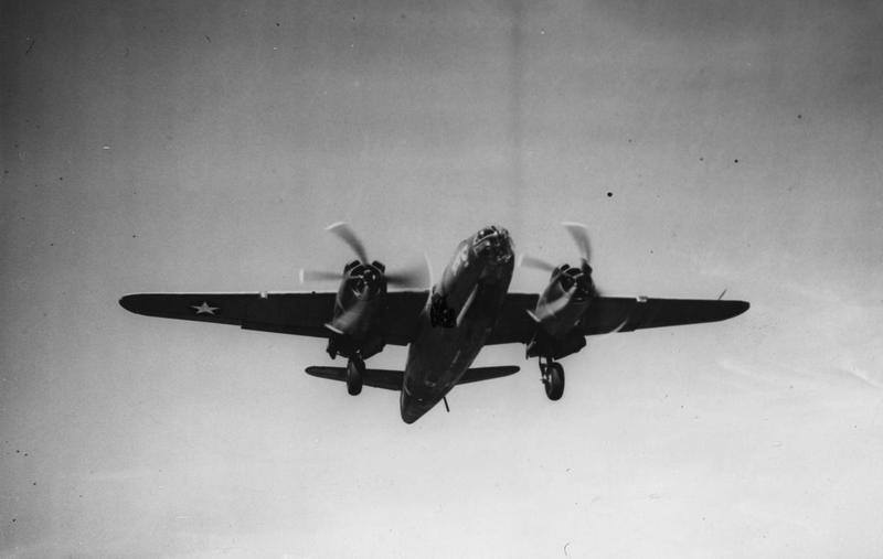 USAAF 41 34723 B 26C Marauder 323BG453BS VTB Sea Swoose taking off England 18 Aug 1943 02