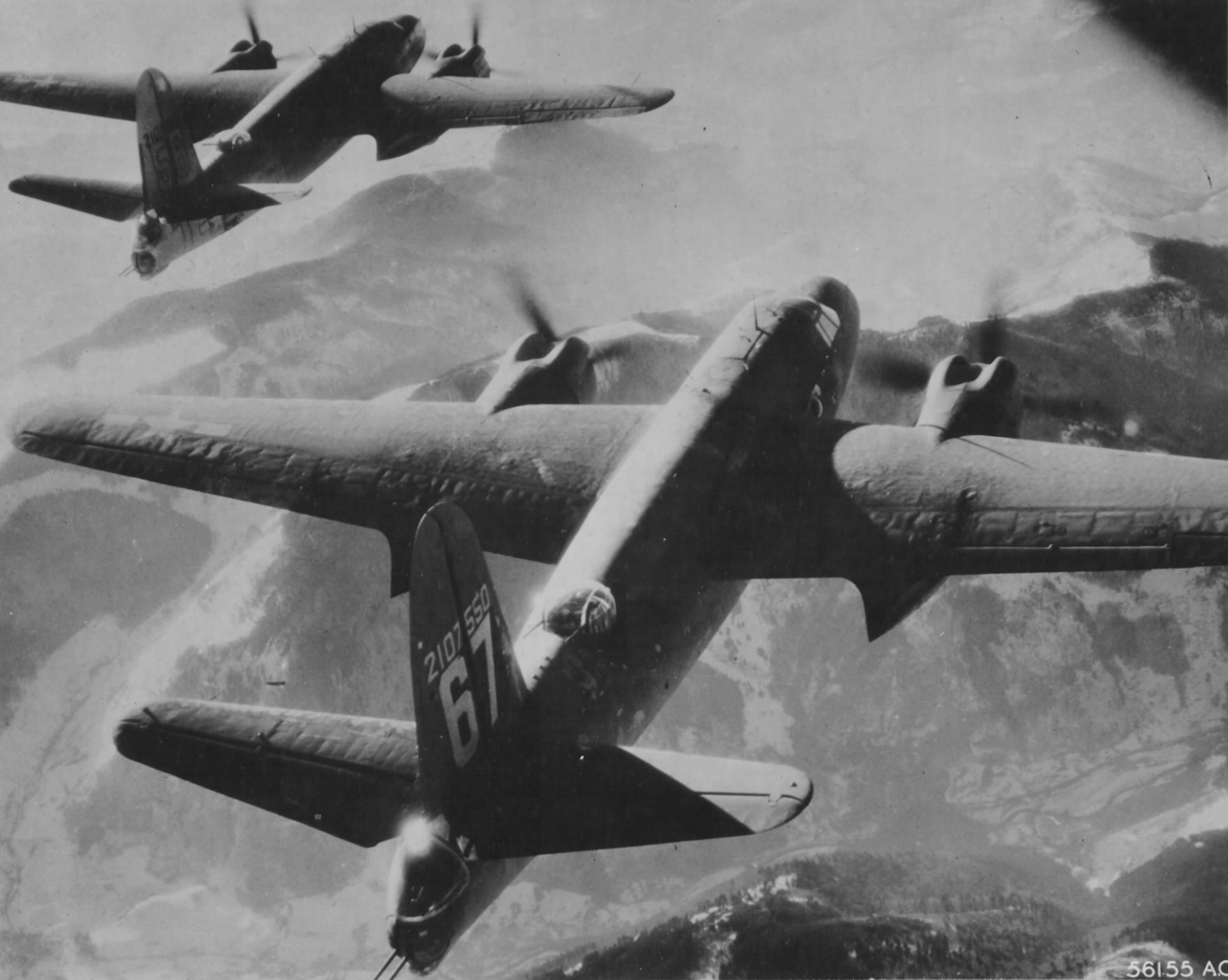 USAAF 42 107550 B 26C Marauder 320BG443BS 67 ORileys Daughter enroute to its target 01
