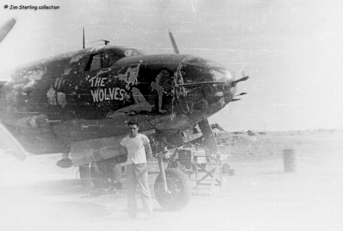 USAAF 42 95785 B 26B Marauder 17BG432BS 81 The Wolves 01