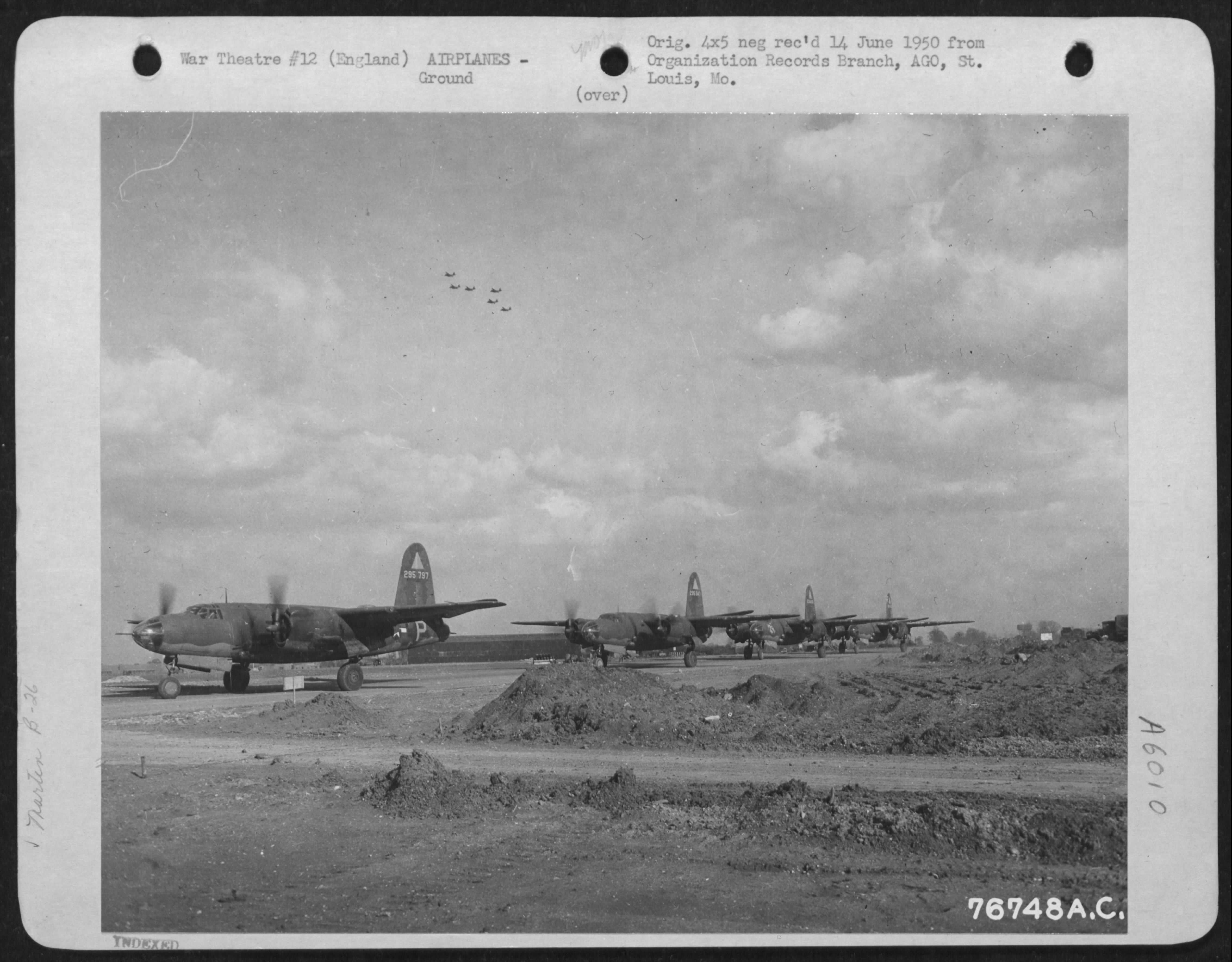 USAAF 42 95797 B 26B Marauder 391BG572BS P2P and also 391BG574BS 4LP TS Ticket taxing England 1 May 1944 01