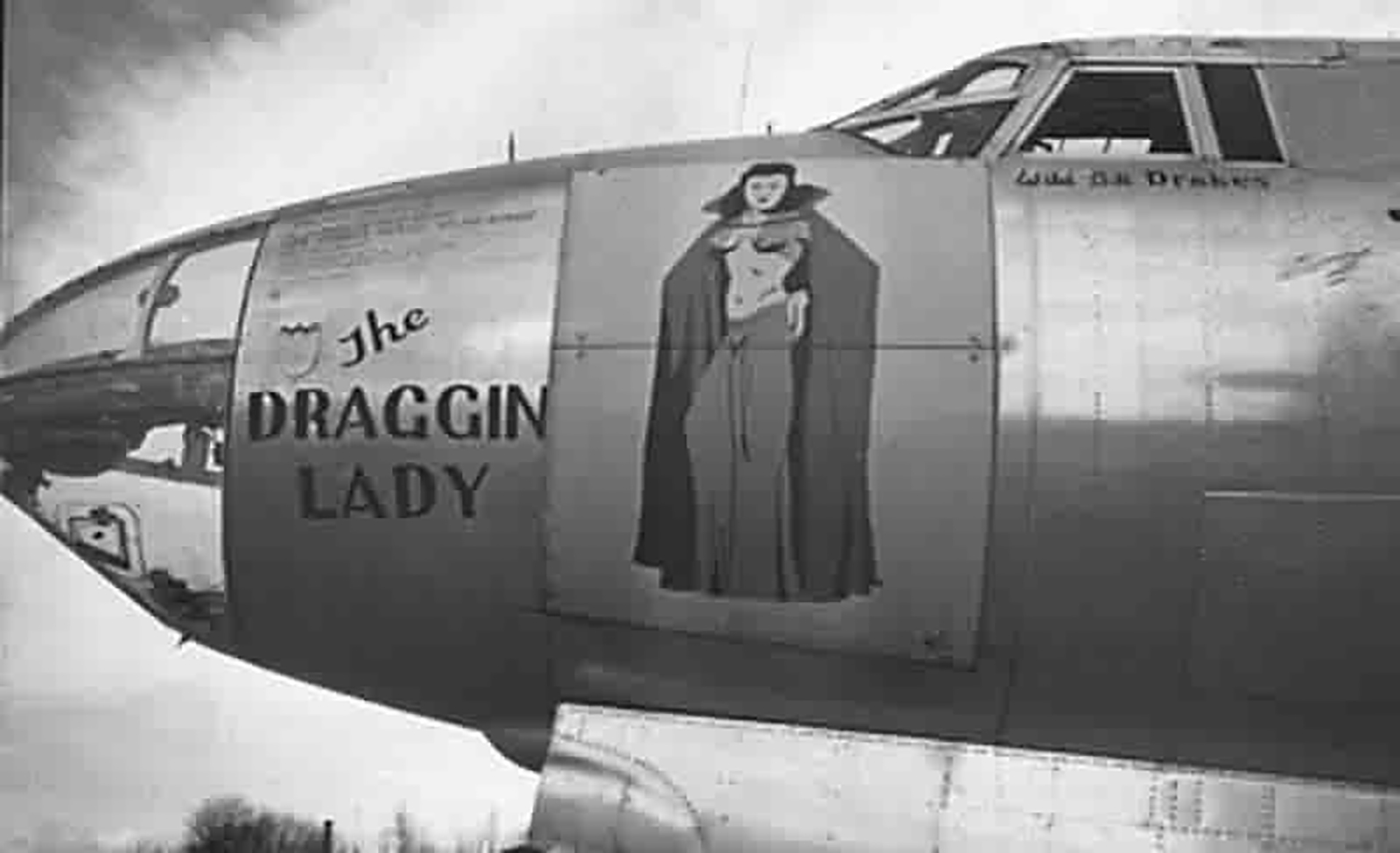 USAAF 44 67835 B 26G Marauder 394BG586BS H9U The Draggin Lady 02