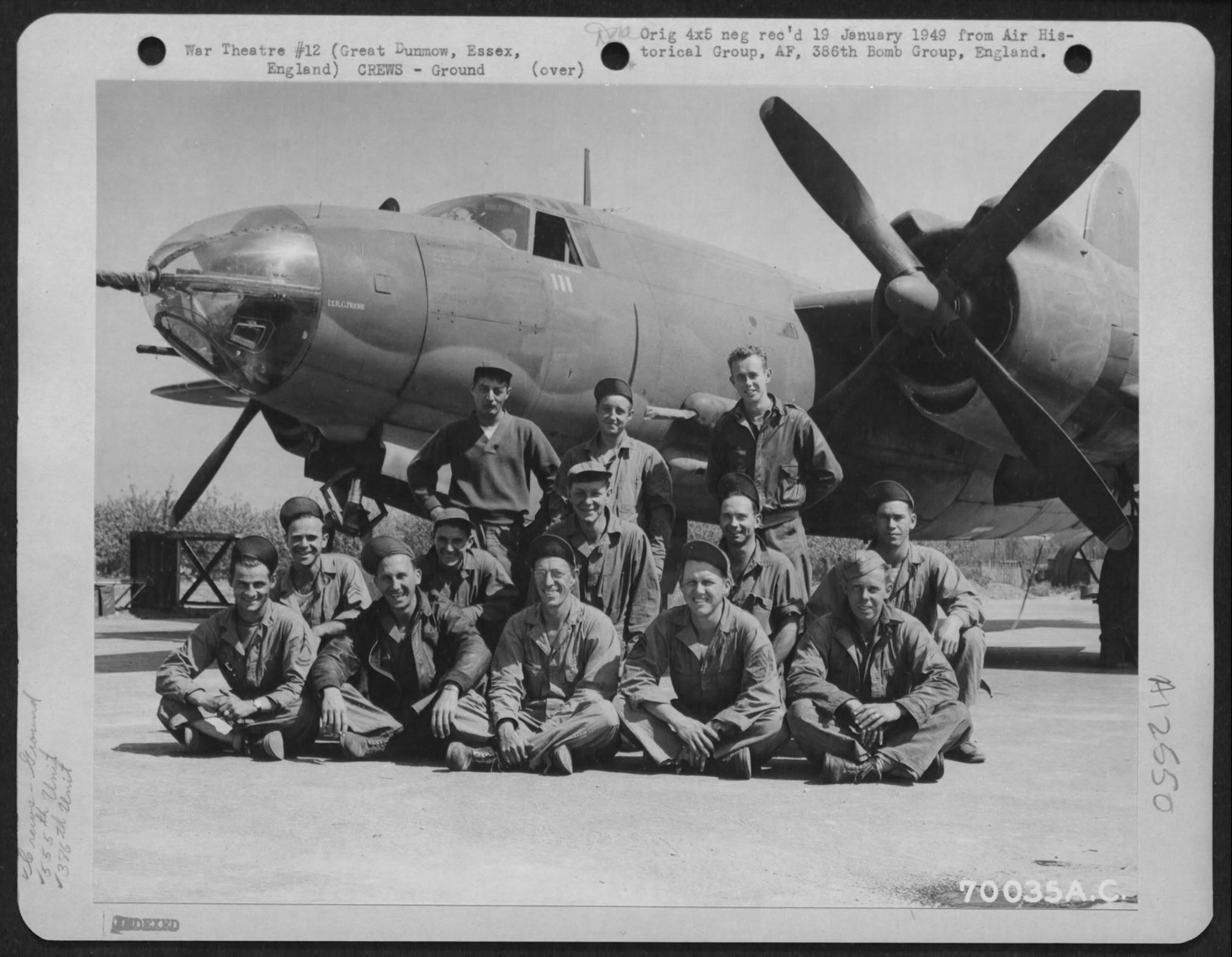 USAAF B 26 Marauder 386BG553BS with ground crew Dunmow Essex England 16 Aug 1943