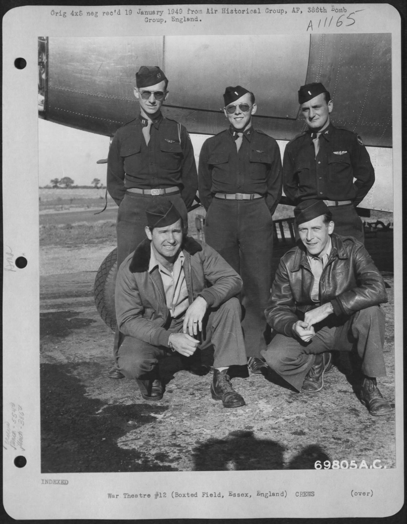 USAAF B 26 Marauder 386BG554BS with crew Boxted Essex England 31 Aug 1943 01