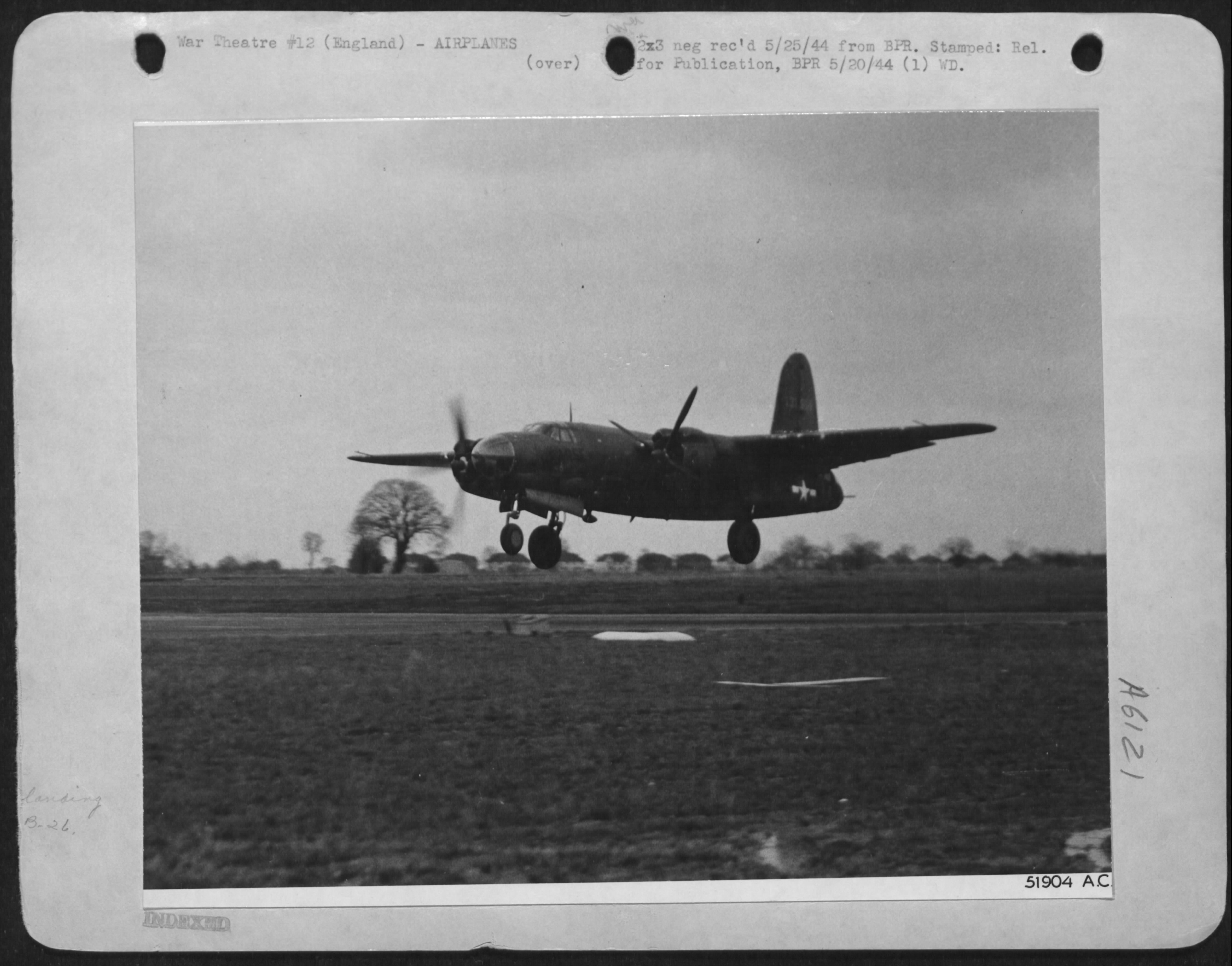 USAAF B 26 Marauder Coming in to land with one engine feathered 01