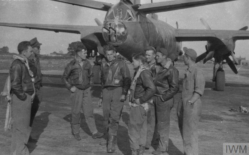 USAAF B 26C Marauder 323BG453BS VTX Baltimore Sun after a mission England 17 Oct 1943 01