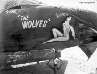 Asisbiz USAAF 41 18187 B 26B Marauder 12AF 17BG432BS 81 The Wolves 01