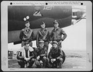 Asisbiz USAAF 41 31622 B 26B Marauder 386BG554BS RUx Litjo with crew at Boxted Field Essex England 12 Sep 1943 02
