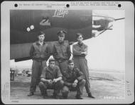 Asisbiz USAAF 41 31622 B 26B Marauder 386BG554BS RUx Litjo with crew at Boxted Field Essex England 12 Sep 1943 03