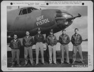 Asisbiz USAAF 41 31633 B 26B Marauder 386BG552BS RGP Hot Pistol with crew Engalnd 2 Sep 1943 01