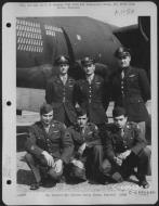 Asisbiz USAAF 41 31763 B 26B Marauder 386BG554BS Cloud Hopper 2nd with crew Boxted Essex England 30 Aug 1943 01