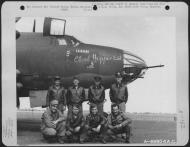 Asisbiz USAAF 41 31763 B 26B Marauder 386BG554BS RUO Cloud Hopper 2nd with crew England 30 Aug 1943 01