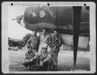 Asisbiz USAAF 41 31792 B 26B Marauder 386BG555BS YAK Well Be There with ground crew England 16 Aug 1943 01