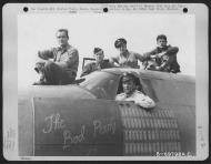 Asisbiz USAAF 41 31832 B 26B Marauder 386BG554BS RUU The Bad Penny II with crew Boxted England 30 Aug 1944 01