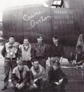Asisbiz USAAF 41 31902 B 26B Marauder 386BG553BS ANR Crime Doctor with crew at Dunmow Essex 1944 01