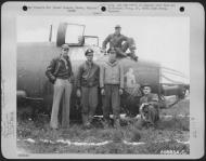 Asisbiz USAAF 41 35247 B 26C Marauder 386BG552BS RGZ Carefree Carolyn with crew after belly landing England 15 Jun 1944 01