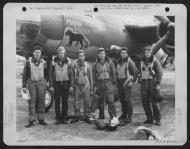 Asisbiz USAAF 42 95800 B 26B Marauder 391BG573BS 4LC Purrin Panther Lt Webster and crew 01