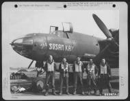 Asisbiz USAAF 42 95806 B 26B Marauder 391BG572BS P2M The Susan Kay with crew 01